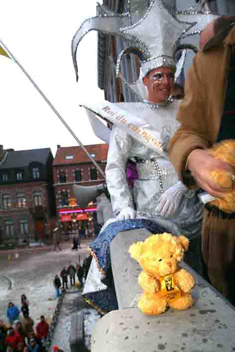 Europe Belgique Andennes Carnaval Tradition Folklore Fete Ours